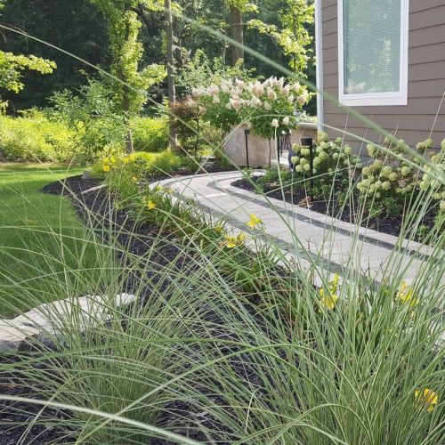 Outdoor Spaces: landscaping
